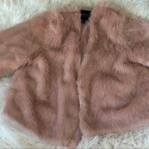 Pink fo fur mid sleeve / long sleeve vintage coat